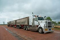 super-long-goods-truck-used-long-freight-transport-australia
